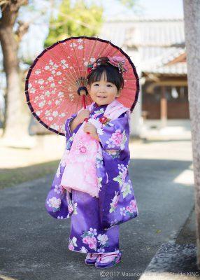 和傘をさして、おしとやかに。